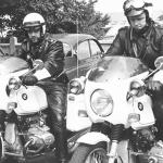 Politimænd på motocykler