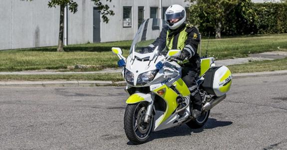 Politimand på motorcykel